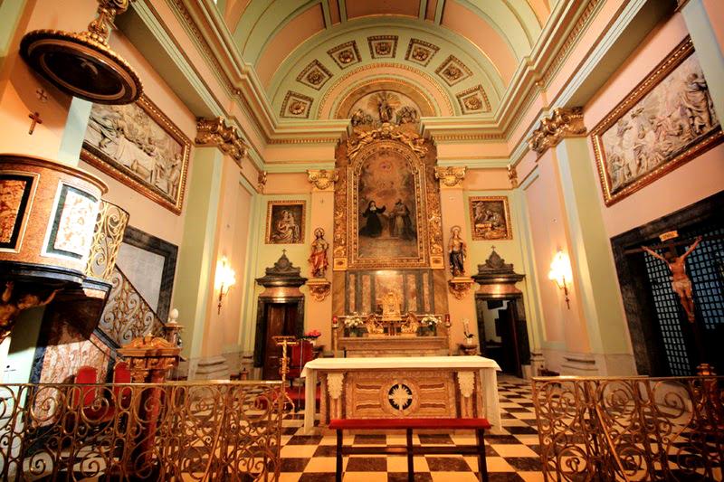 Interior de la iglesia de las Salesas