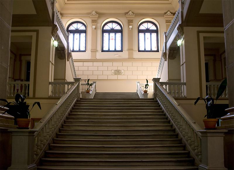Escalera principal del Cardenal Cisneros