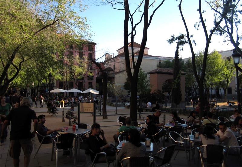 Terrazas en la plaza del Dos de Mayo