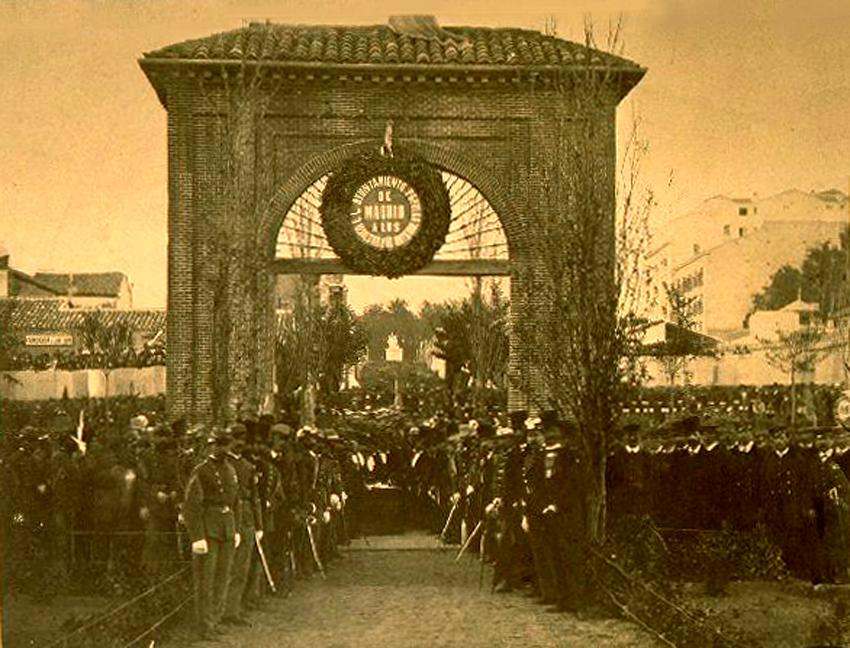 Plaza del Dos de Mayo en 1868
