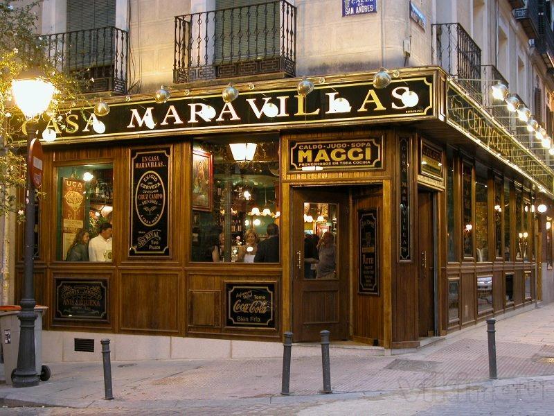 Casa maravillas for Bar madera sevilla