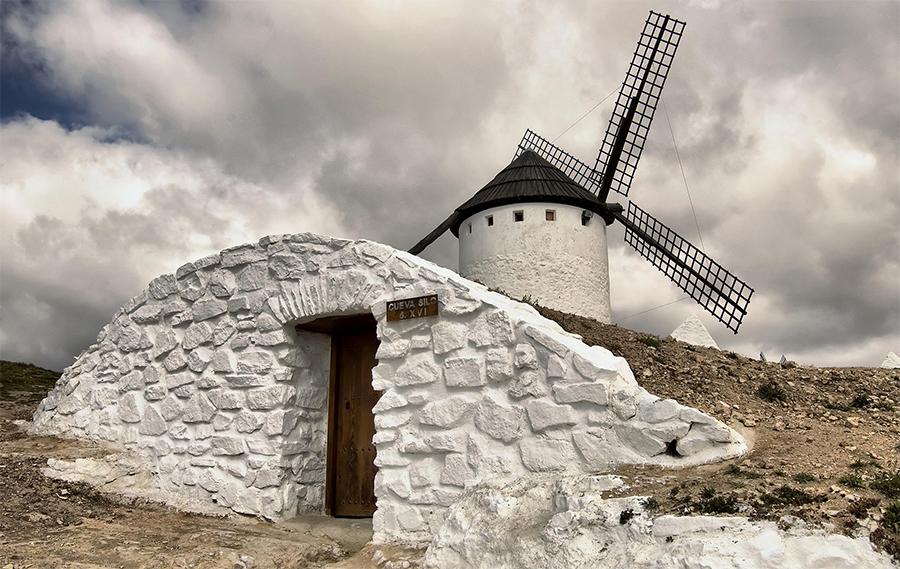 Cueva-silo del molino Infanto