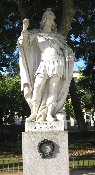 Estatua del rey Wamba en la plaza de Oriente