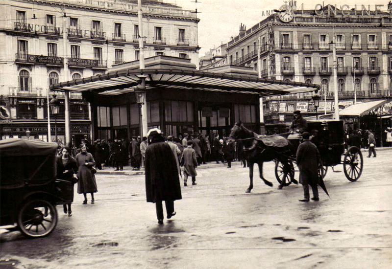 Antigua marquesina del Metro