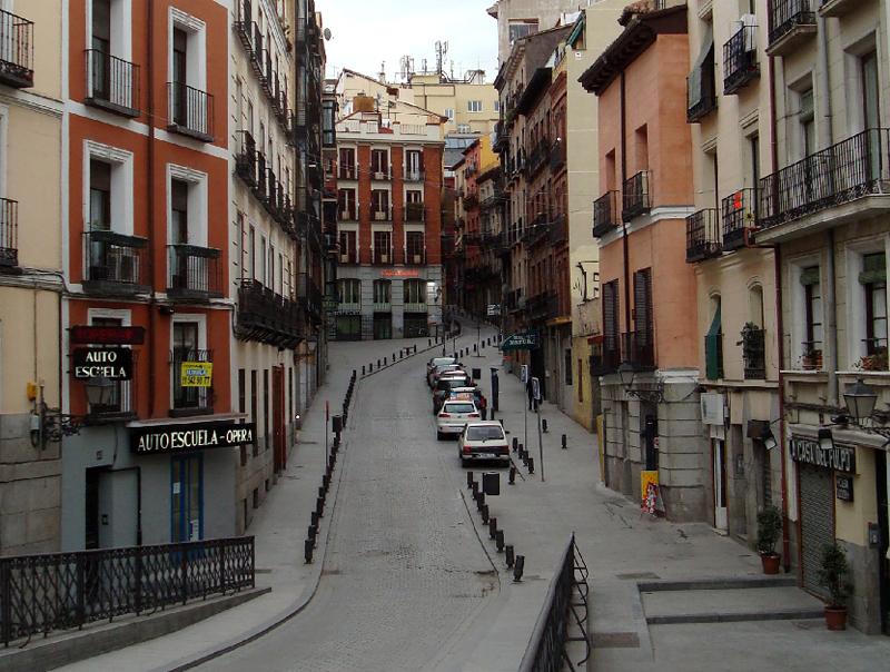 Calle de la escalinata - Calle santiago madrid ...